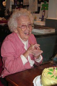 grandmas-birthday-433128-m